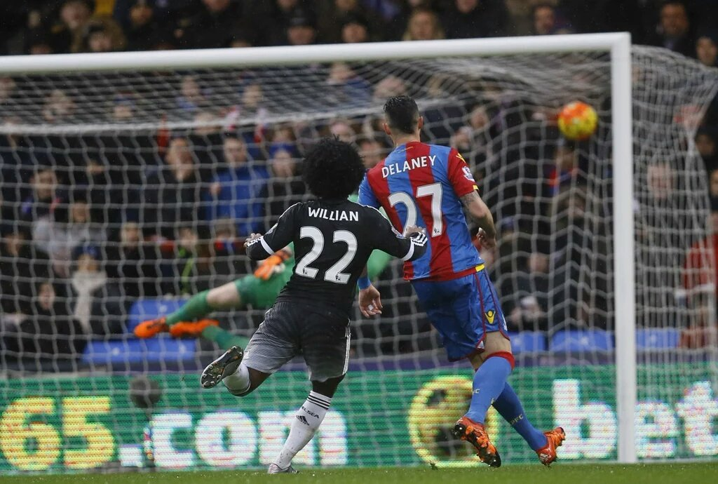 William marca o segundo gol do Chelsea/Photo: twitter
